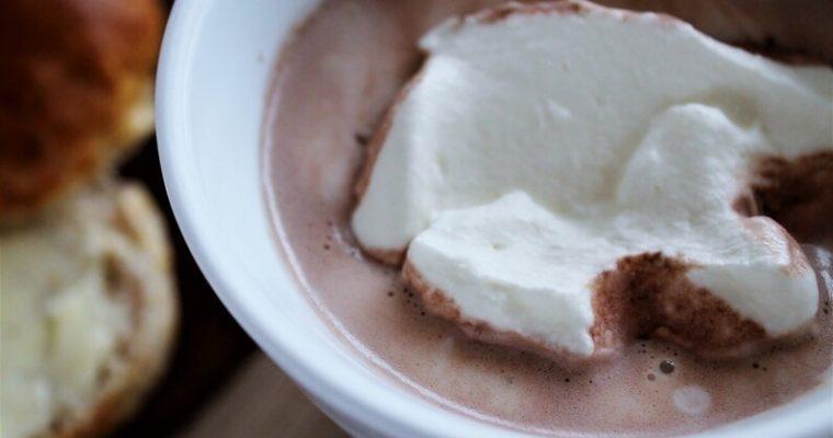 Boller og varm kakao